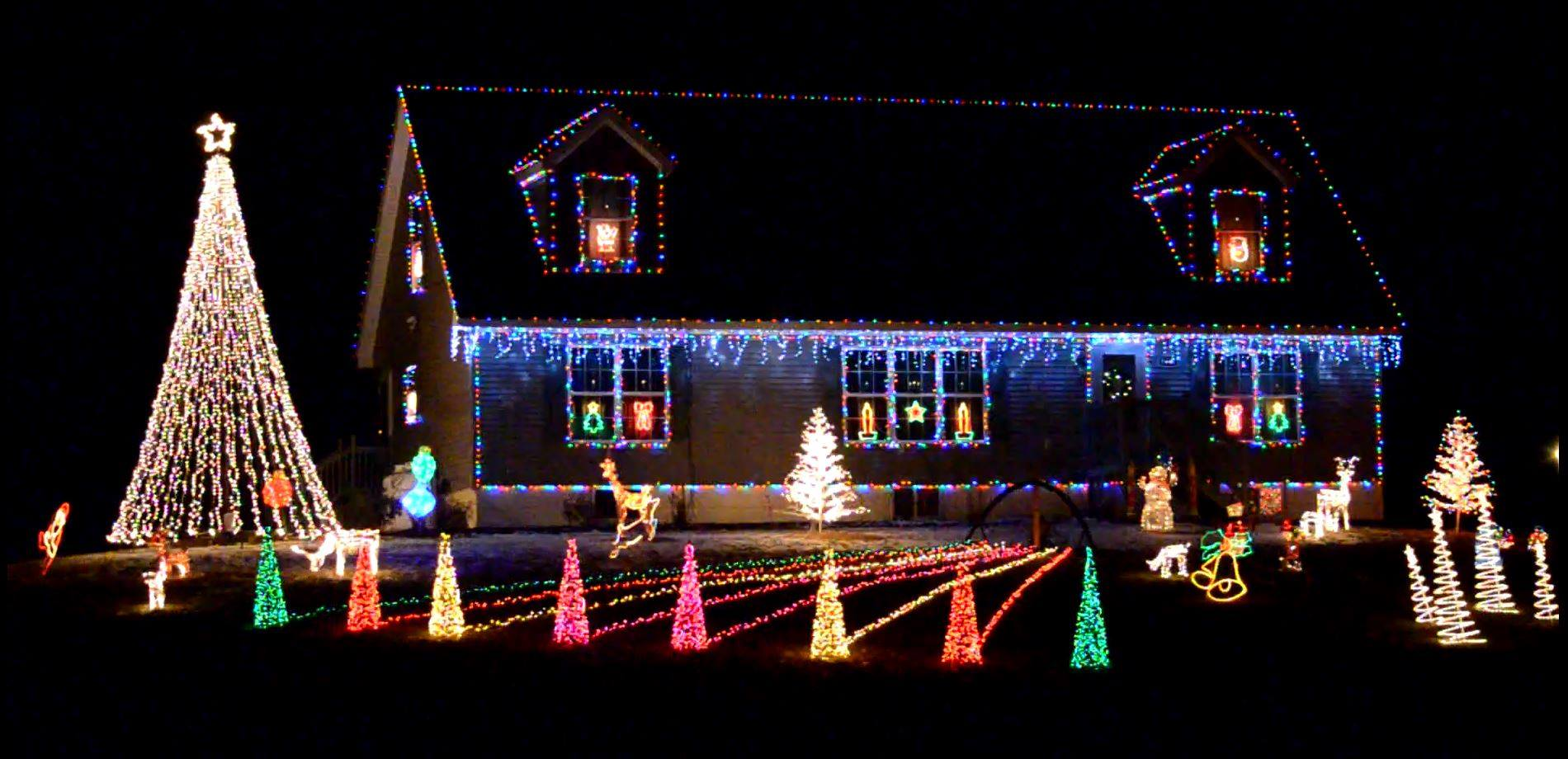 brian daigles residence puts on a light show every evening synchronized with 887 fm