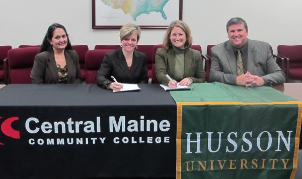 Cmcc Husson Sign Credit Transfer Agreement Daily Bulldog