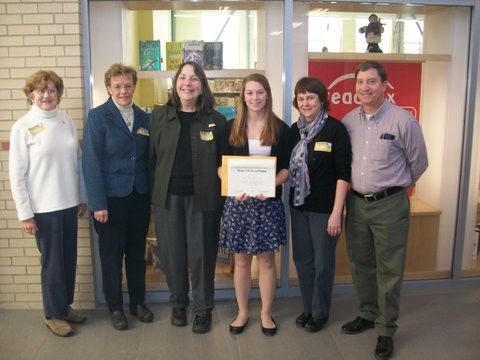 dar good citizen scholarship essay Christopher columbus essay contest dar the dar good citizens award and scholarship contest the student selected as the school's dar good citizen must.