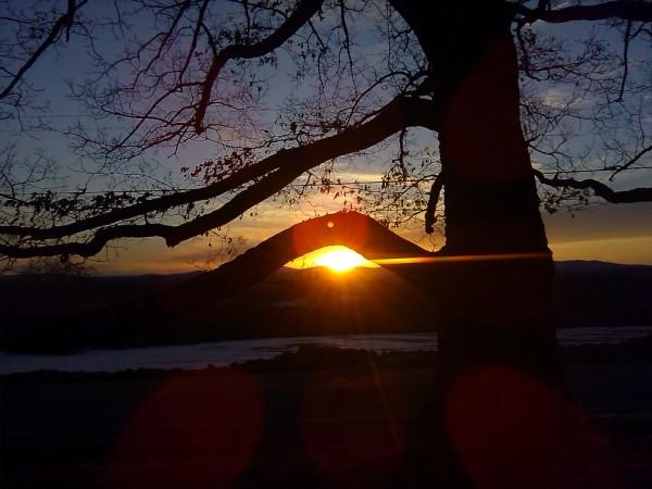 Sunset Cape Cod Hill on April 3, 2015. (Darlene Power/New Sharon)