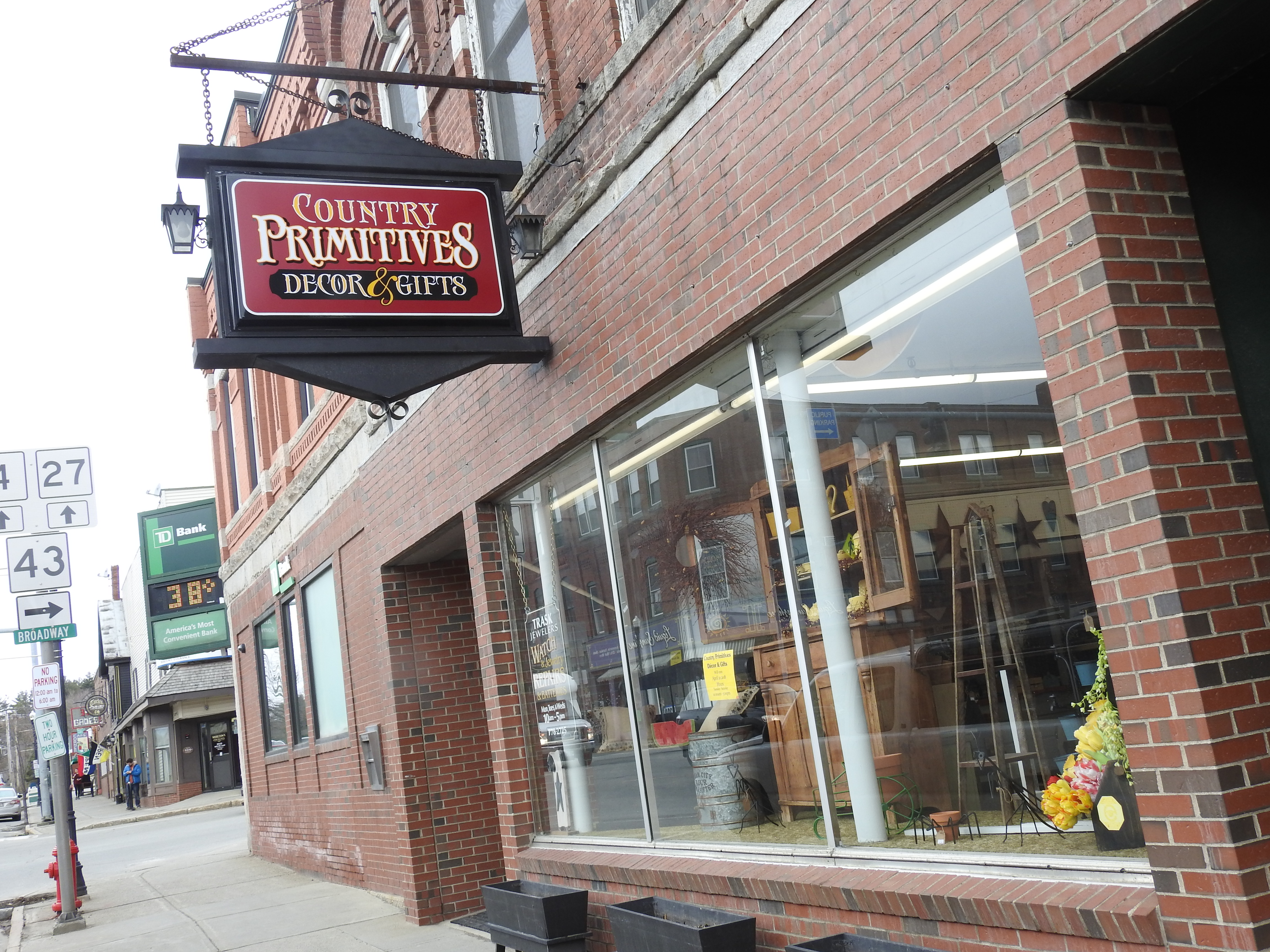 Country Primitive offering a new old style in Farmington